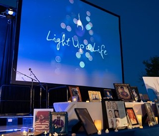 Light up a Life Memorial Table